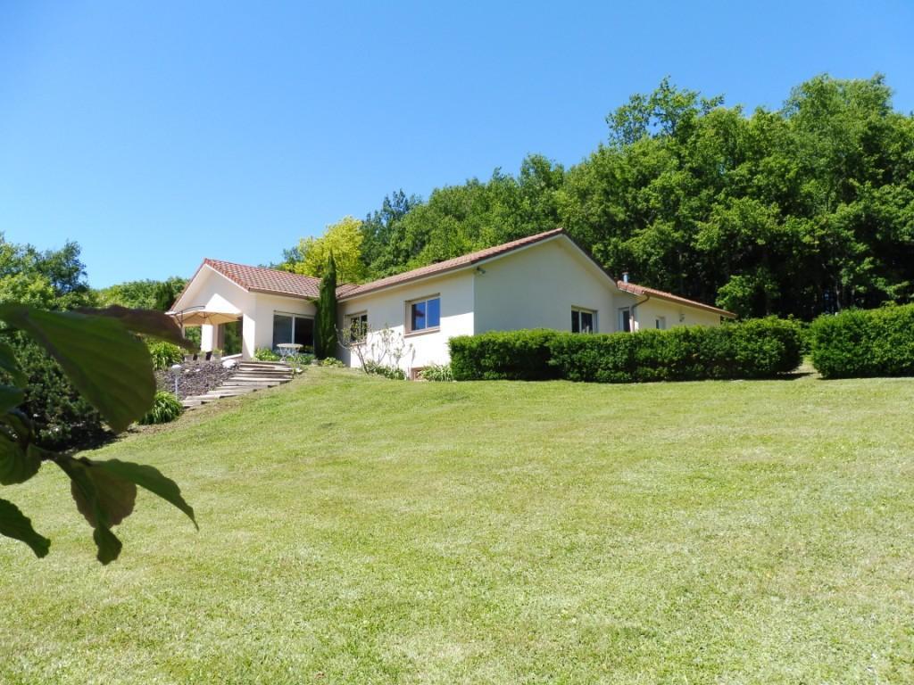 Offres de vente Villa Saint-Siméon-de-Bressieux 38870